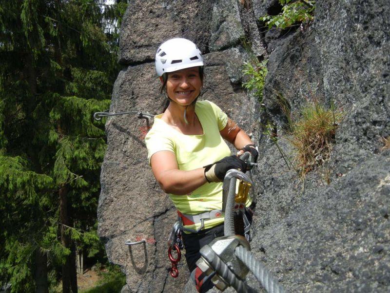 Klettersteigset Anlegen : Test petzl scorpio vertigo klettersteigset bergsteigen